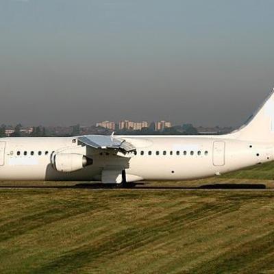 BA146-300 / Avro RJ100