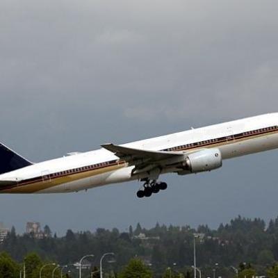 Boeing 777-200 / 200LR